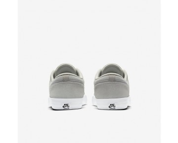 Nike SB Solarsoft Portmore II Mens Shoes Light Bone/White/Black/Pure Platinum Style: 880266-041
