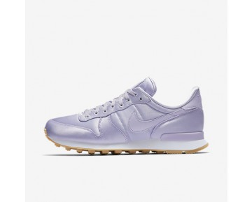 Nike Internationalist QS Womens Shoes Barely Grape/White/Gum Yellow/Barely Grape Style: 919989-500