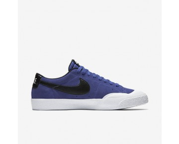 Nike SB Blazer Low XT Mens Shoes Deep Night/White/Gum Light Brown/Black Style: 864348-501